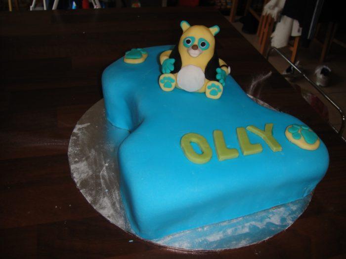 Oso Cake 19 Special Agent Oso Cake