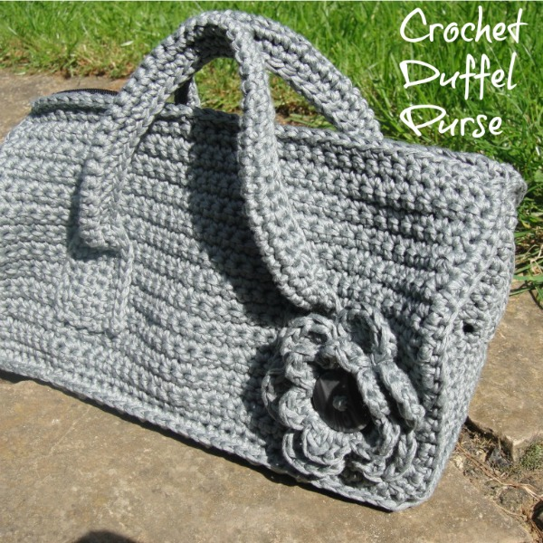 Crochet Duffel Purse Pattern - Look At What I Made