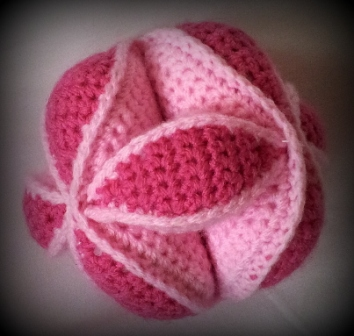 Original Crochet Amish Puzzle Ball Pattern