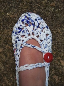 Plarn Crochet Slipper11 e1344238497629 225x300 Plarn Crochet Slippers