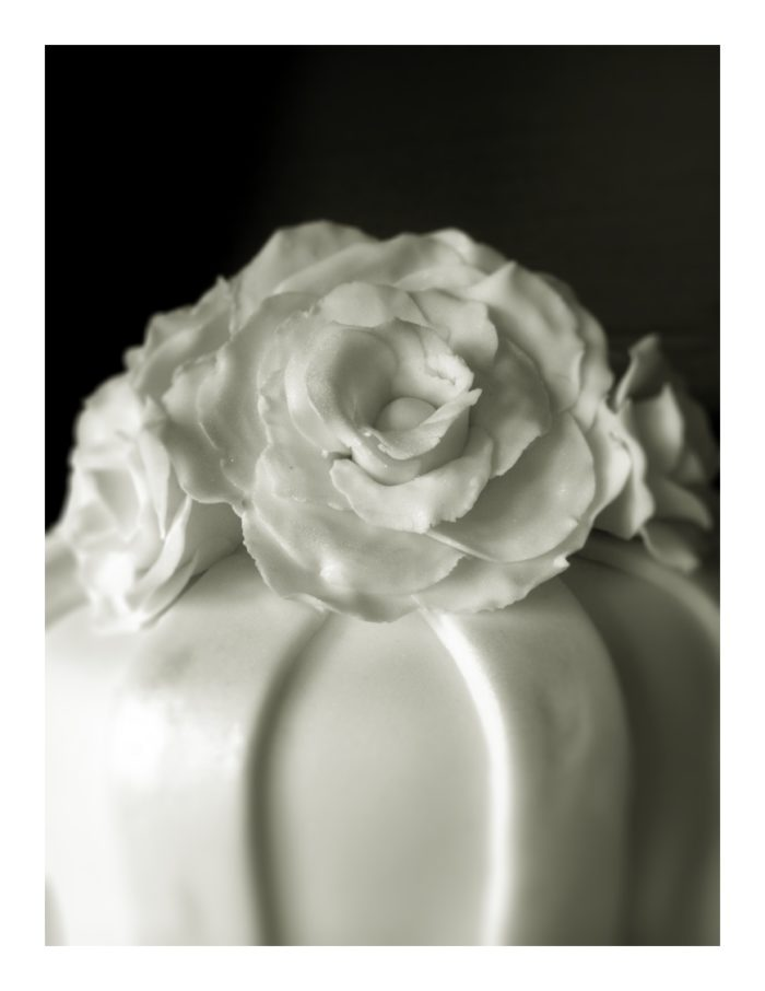 Diy Wedding Cake Part 2 How To Make Gum Paste Roses Look At What