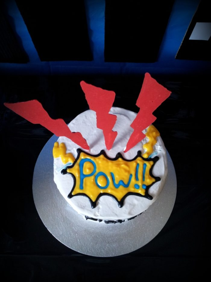 Pop Art Cake Decorations : Superhero Pop Art Party - Look At What I Made
