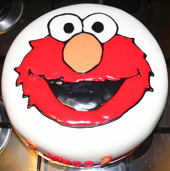 Brilliant How To Make An Elmo Cake Look At What I Made Hairstyle Inspiration Daily Dogsangcom