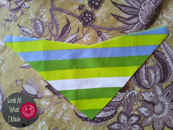How to make a Baby Bandana Bib 5 How to Make a Baby Bandana Bib