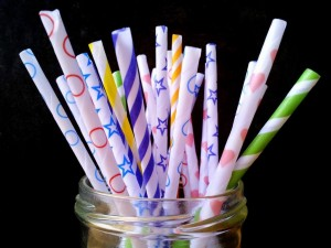 make your own diy paper drinking straws