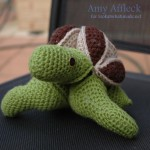 Crochet Turtle Puzzle Amy Affleck for lookatwhatimade 150x150 Mini Crochet Amish Puzzle Ball