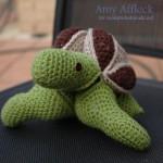 Skillie – Crochet Turtle Puzzle