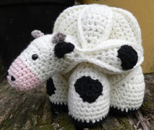 Final Photos 6 300x254 Chloe the Crochet Cow Puzzle