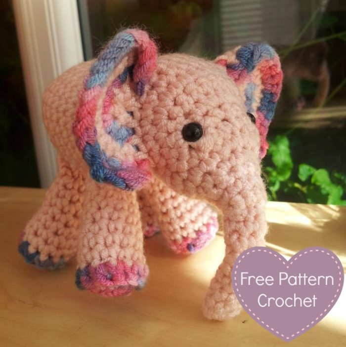 Crochet Patterns Elephant : Meimei: Free Baby Elephant Crochet Pattern - Look At What I Made