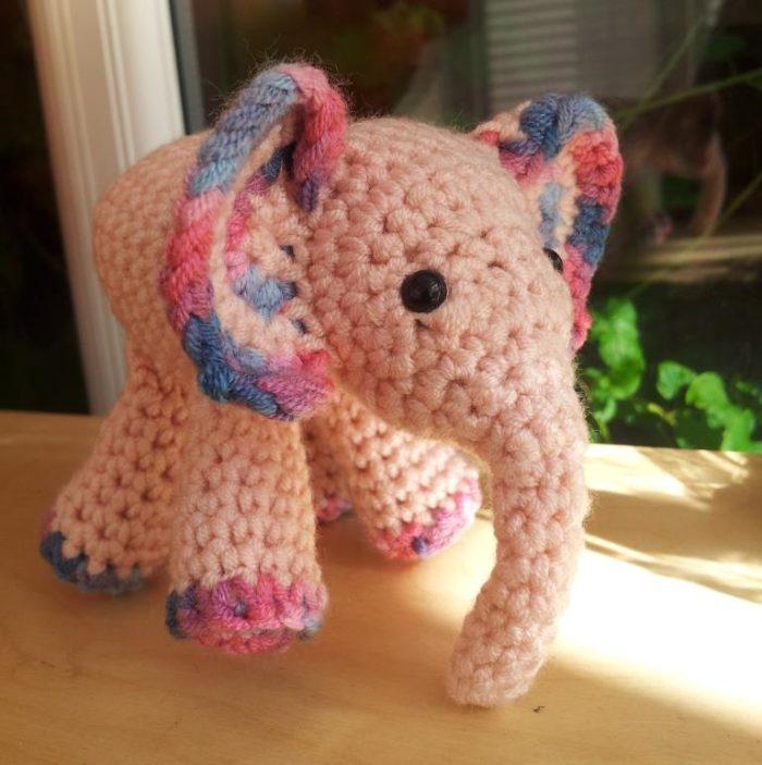 Meimei: Free Baby Elephant Crochet Pattern ⋆ Look At What I