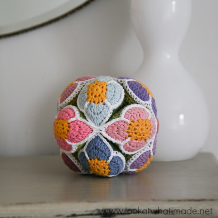 Crochet Flower Ball Pattern Amish Puzzle Ball Look At What I Made