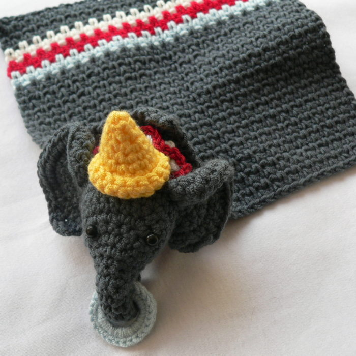 Circus Elephant Lovie - A Dribs and Drabs Design ⋆ Look At What I Made