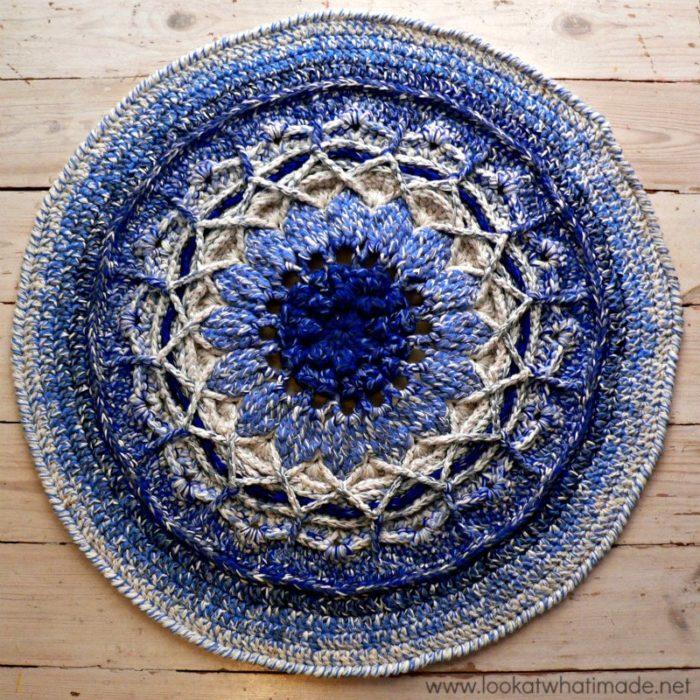 Crochet Patterns Using Mandala Yarn : Crochet Mandala Rug