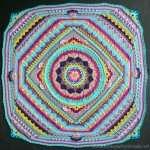 Sophie's Universe CAL 2015 Lookatwhatimade. This is a 20 Week mystery crochet-along for a continuous square blanket.