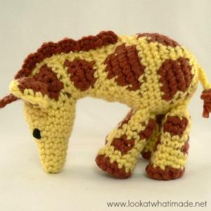 Gendry the Crochet Giraffe {A Little Zoo Animal}