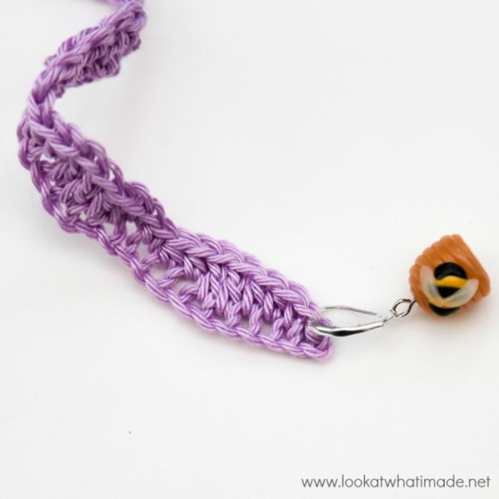Lazy Waves Shawlette Crochet Pattern