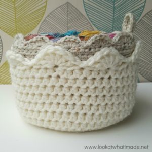 A Touch of Scallop – Crochet Basket Pattern
